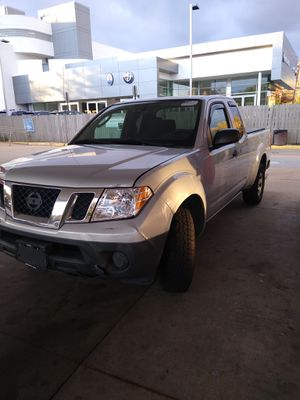 2011 king cab Nissan frontier motor the 4cilinder for Sale in Washington, DC