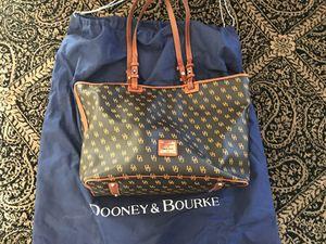 Dooney &Bourke DB Signature Shopper Tote for Sale in Carrollton, TX