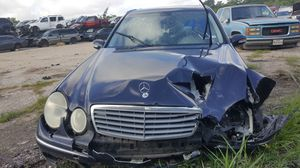 2003 MERCEDES E500 FOR PARTS for Sale in Houston, TX