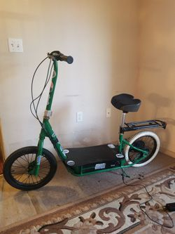 Electric scooter 36v. New Battery. 350$ for Sale in Sacramento,  CA