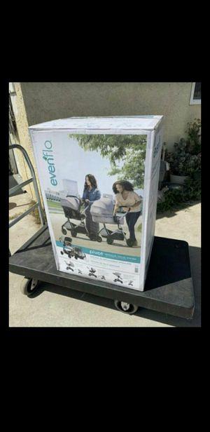 Evenflo Pivot Travel System for Sale in Huntington Park, CA