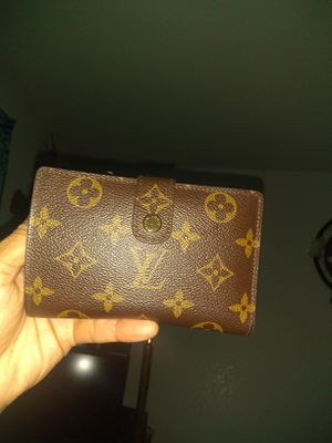 LV $200 (FIRM) No Lower Offers, No Flakes or You'll Be BLOCKED. for Sale in Sacramento, CA