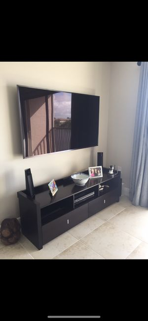 Tv /entertainment stand expresso for Sale in Boca Raton, FL