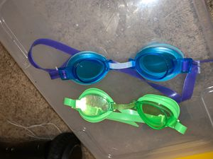 Boys goggles for Sale in Stanton, CA