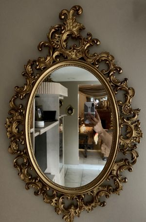 Antique mirror for Sale in Hialeah, FL
