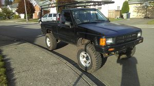 86 toyota 4x4 long bed made in Canada. truck is rare, forced to sale ,I do not want to !!!! Have to for Sale in Renton, WA