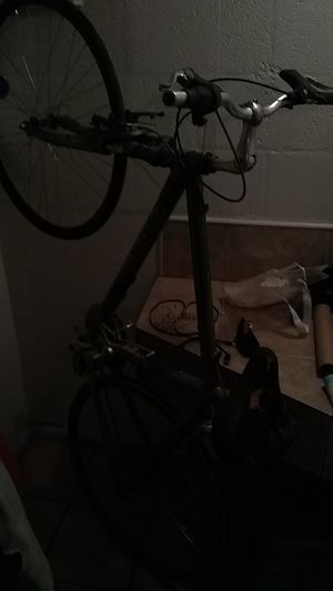 Trek bike with suspension forks excellent condition for Sale in Las Vegas, NV