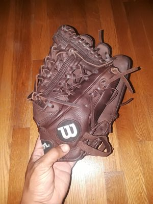 "Wilson A950 11.75"" baseball glove for Sale in Sterling, VA"