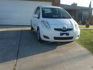 2010 TOYOTA YARIS for Sale in Victorville, CA