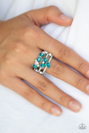 Paparazzi rings for Sale in Moorhead, MN