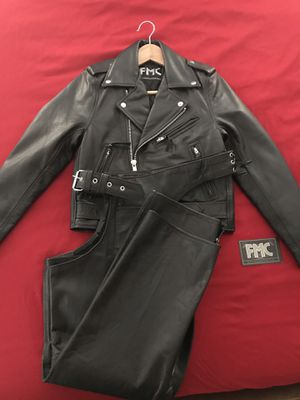 """Leather """"NEW"""" ladies riding jacket/chaps for Sale in Scottsdale, AZ"""