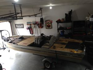 Bass boat for Sale in Virginia Beach, VA