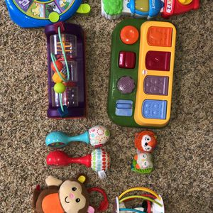 Newborn-12 Months Toys for Sale in West Bloomfield Township, MI