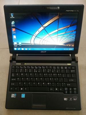 """ACER 10.1"""" LAPTOP WINDOWS 7 LIKE NEW for Sale in Fort Myers, FL"""