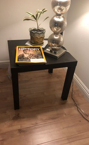 Espresso end table for Sale in San Diego, CA