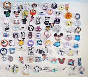 25 disney random TRADING pins. Tradeable at all disney parks for Sale in Montrose, CA