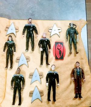Star Trek 90s PVC Action Figurines for Sale in San Antonio, TX