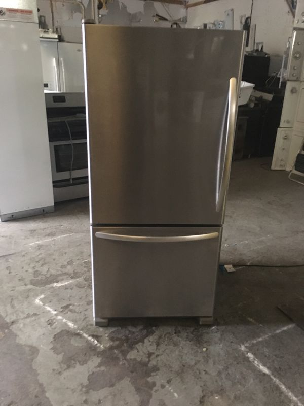 Refrigerator brand kitchen Aid everything is good working condition 90 days warranty delivery and installation