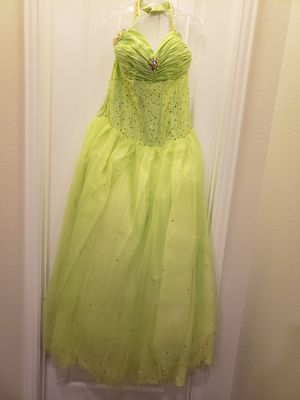 Brand new green quinceanera dress for Sale in McKinney, TX