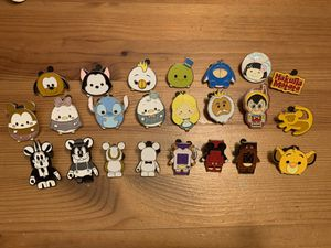 Disney Trading Pins - Lot #1 for Sale in Brea, CA