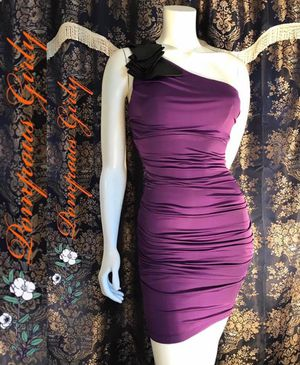 POMPOUS GIRLY PURPLE RUFFLETRIM ONE SHOULDER RUCHED SIDES FORMAL MIDI DRESS SIZE SMALL for Sale in Riverside, CA
