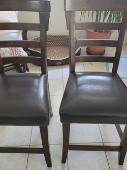 $50 For 2 Counter Height Chairs Solid Wood Great Condition In Paramount for Sale in Long Beach,  CA