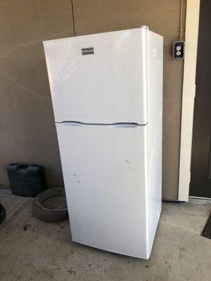 Refrigerator for Sale in Rosharon, TX