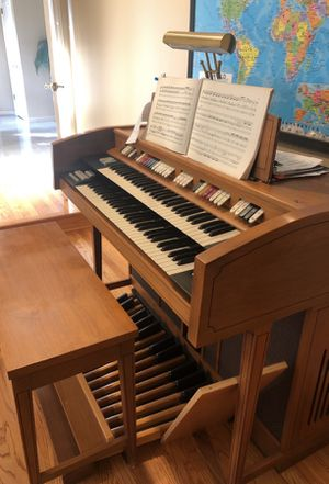 Organ for sale - excellent condition for Sale in Saratoga, CA