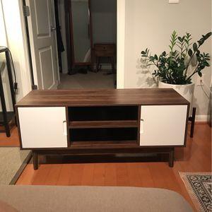 TV/ Record Stand for Sale in Arlington, VA