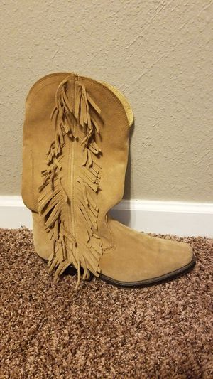 Dingo women's boots with fringe for Sale in Atwater, CA