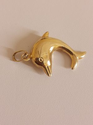Dolphin 🐬 pendant/charm, PURE gold. 999 fine yellow gold. for Sale in Phoenix, AZ