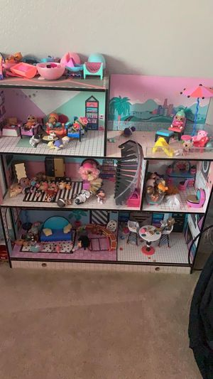 Lol dollhouse and so much more for Sale in Victorville, CA