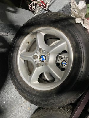 Bmw X5 rims with tires for Sale in Hazleton, PA