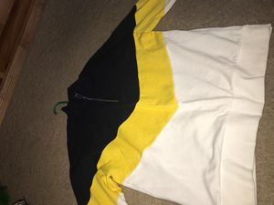 Long sleeve sweater for Sale in Fontana, CA