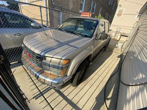 2005 GMC Canyon/Colorado PARTS ! for Sale in Chicago, IL