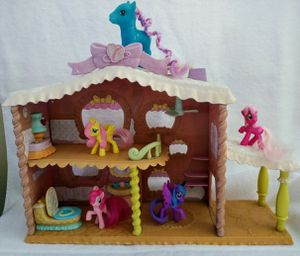 Hasbro My Little Pony House for Sale in Miami Gardens, FL