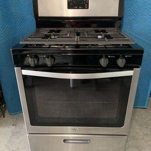 Whirlpool Freestanding Gas Range / 4 Burners 5.1-cu ft (Stainless Steel) for Sale in Houston, TX