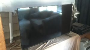 Phillips, Onn, 2 50 inch TV, plasma other LED less than a Month old for Sale in Vancouver, WA