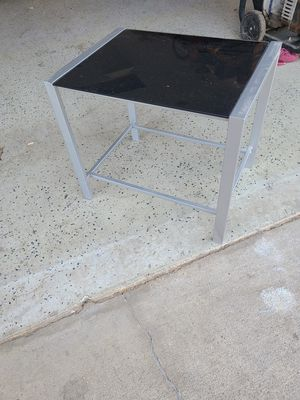 Glass end table for Sale in Sacramento, CA