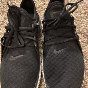 Nike Run Shoes for Sale in Fuquay-Varina, NC