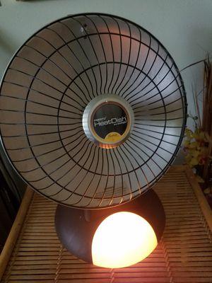 Presto Heat Dish Electric Heater plus Foot light for Sale in Kailua, HI