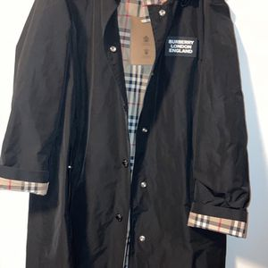 Burberry Trench Coat for Sale in Seattle, WA
