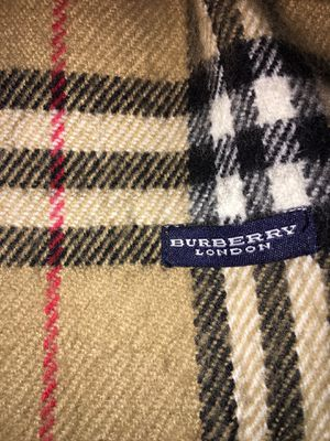 BURBERRY SCARF for Sale in SeaTac, WA
