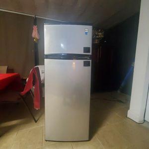 Avanti Refrigerator MAKE AN OFFER for Sale in Jacksonville, FL