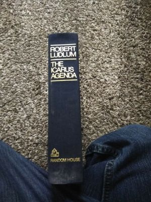 Robert Ludlum the Icarus agenda hard cover for Sale in Newnan, GA