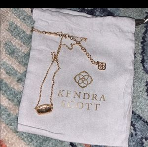 Kendra Scott Gold Irridescent Necklace for Sale in Abilene, TX