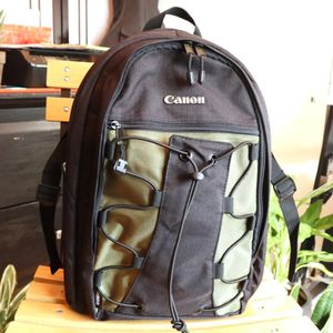 New - Canon Deluxe Backpack $60 obo for Sale in Portland, OR