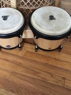 LP Aspire Bongo Drums- Like New- W Book & CD for Sale in Redwood City,  CA