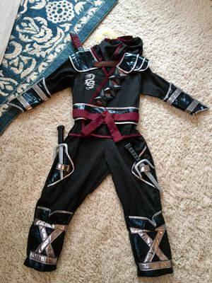 Size Small (5-6) Ninja costume in Excellent Condition for Sale in Snohomish, WA