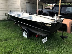 14 foots bout for sale for Sale in Houston, TX